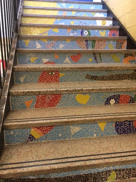 Mosaïque : nos couleurs – École Notre-Dame-du-Sourire